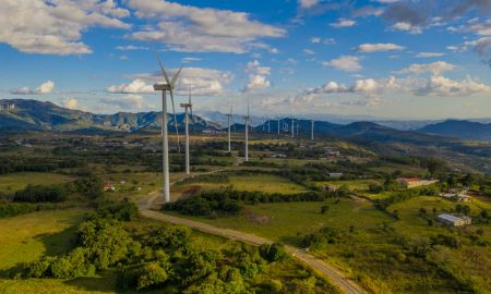 Empresa de energía renovable realiza colocación de bonos verdes a nivel internacional