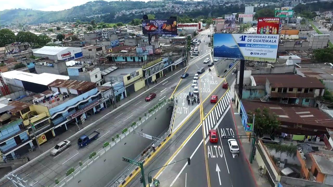 paso a desnivel en Guatemala